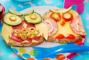 Как сформировать ребенку правильное питание?