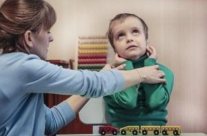 Возраст ребенка и свойственные ему нарушения при аутизме