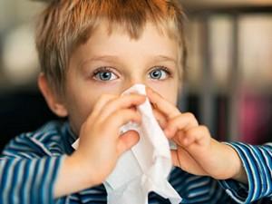 Аллергический ринит у ребенка - симптомы и лечение