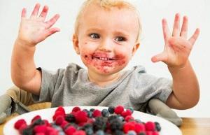 Аллергия на ягоды у ребенка - фото