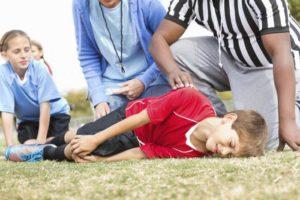 Когда нужно вызывать скорую помощь ребенку?