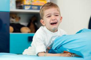 Какими заболеваниями может вызываться недуг?