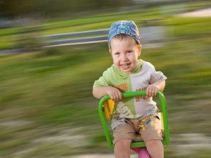 Как тренировать вестибулярный аппарат с рождения?